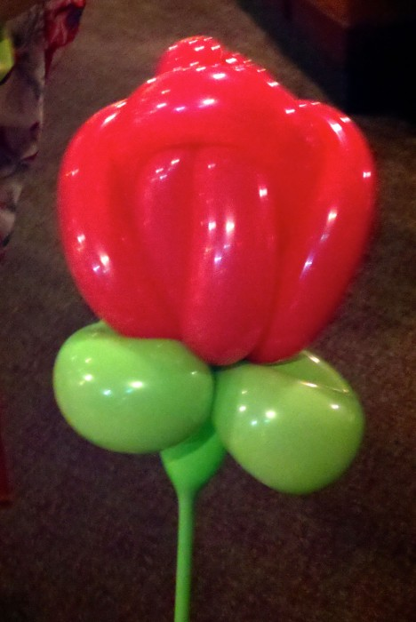 balloon art twisting 13