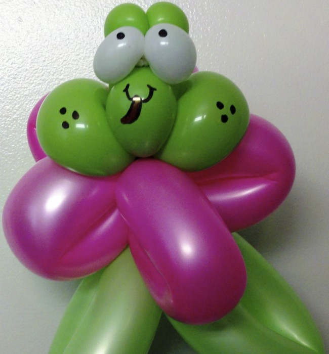balloon art twisting animals 3