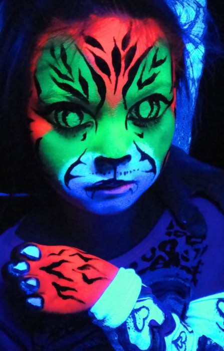 face painting blacklight 12