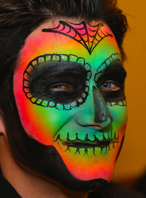 face painting blacklight 14