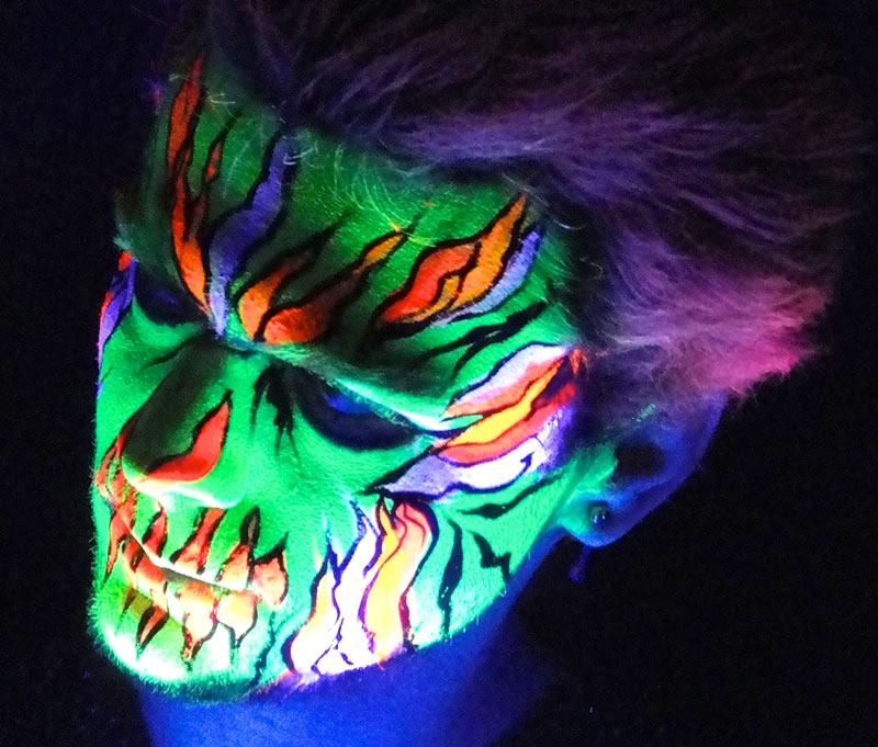 face painting blacklight 32