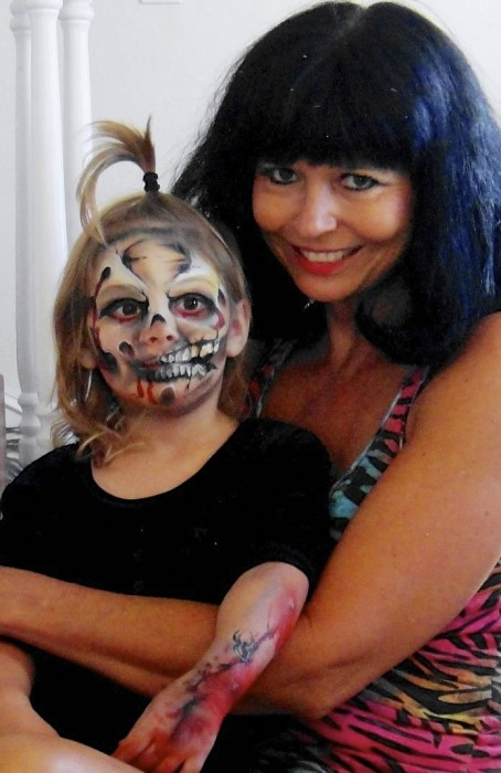 face painting monsters and gore 111